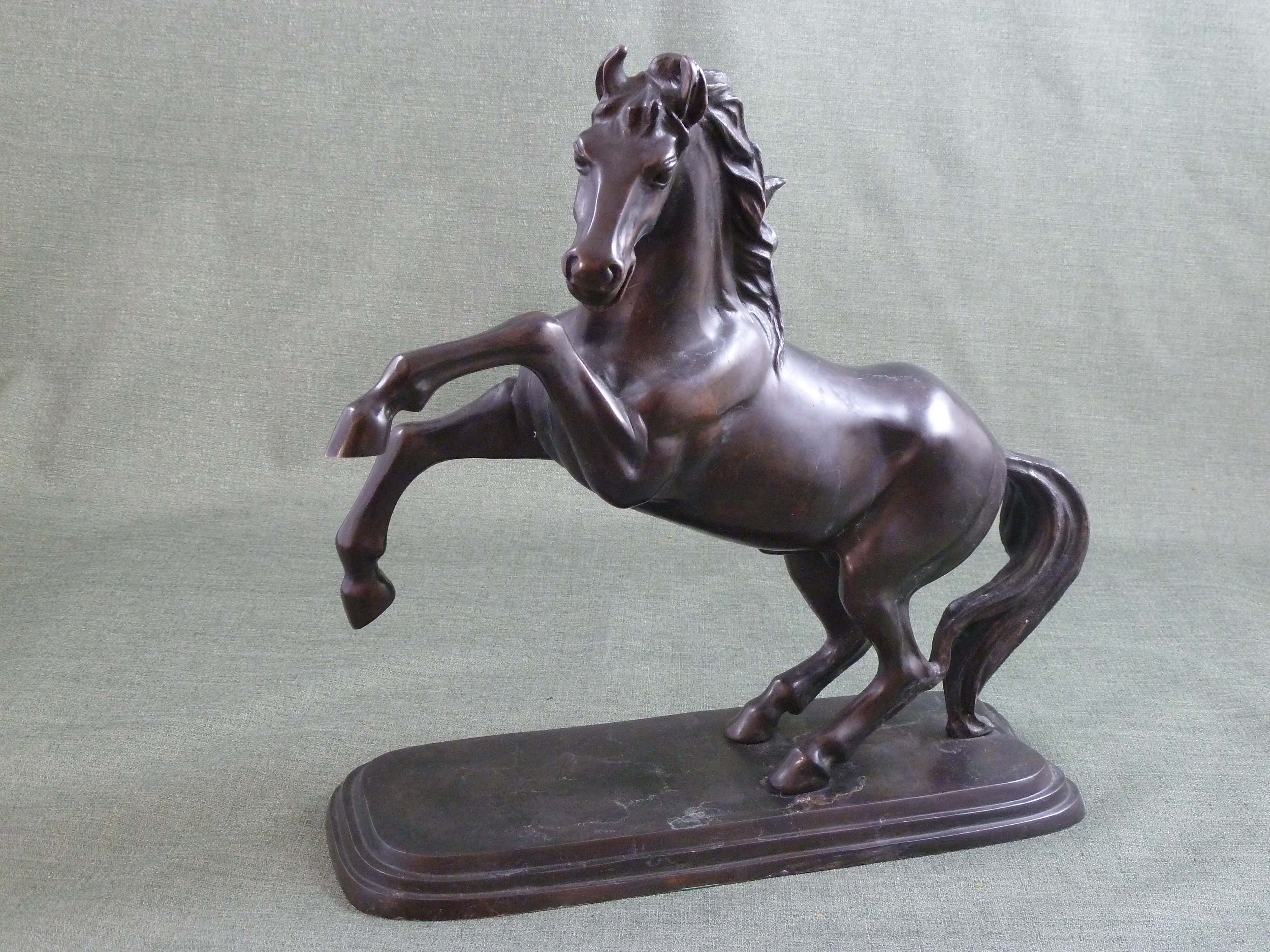 FC1084 Prancing Horse
