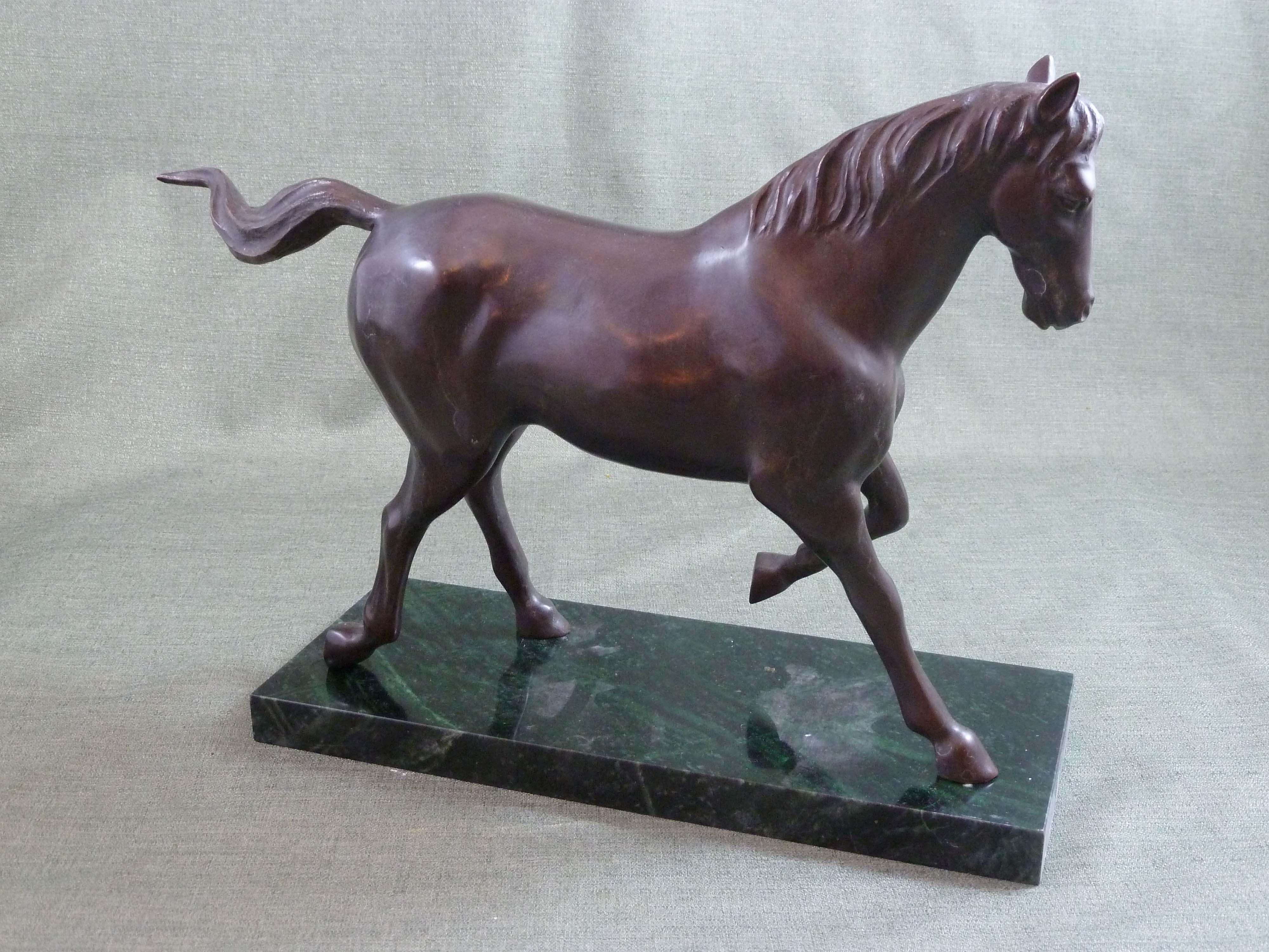 FC1117 Trotting Horse R
