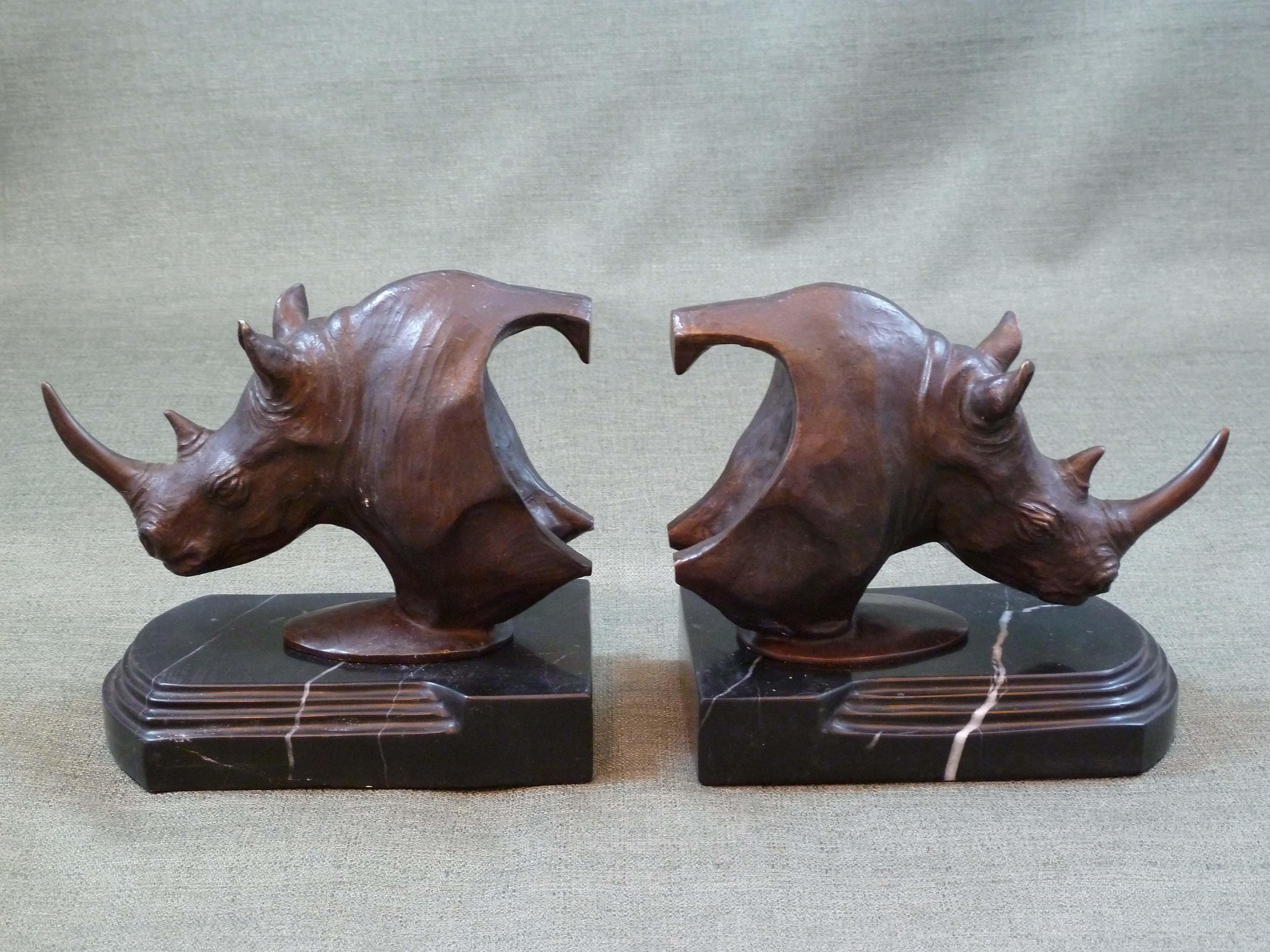 FC1118 Rhino Bookends